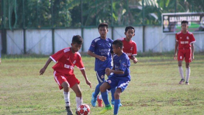 LIGA U-14 Asosiasi PSSI Batam, SSB Kemuning Lion Melaju ke Babak Final, Kalahkan Blue Eagle 2-0