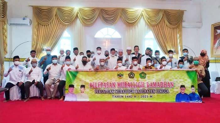 Bupati Lingga Muhammad Nizar Lepas Mubaligh Ramadhan ke Masjid dan Mushola