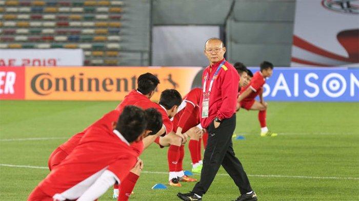 Kualifikasi Piala Dunia 2022 - Belum Kebobolan, Simon McMenemy Soroti Lini Pertahanan Vietnam