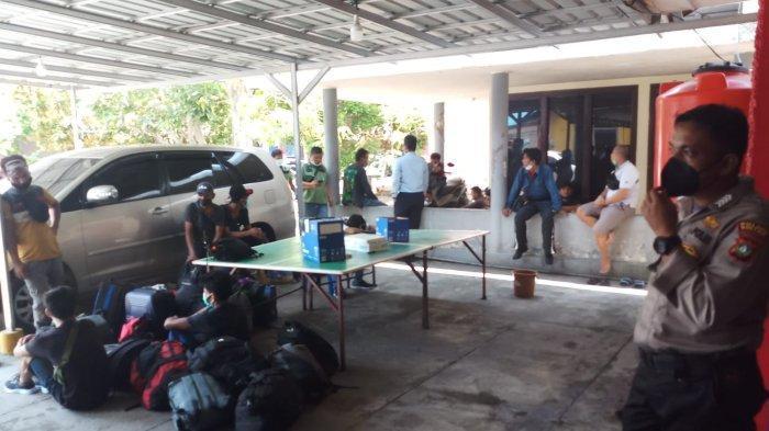 Mabes Polri Tangkap 35 PMI Ilegal di Tanjunguban Bintan Kepri