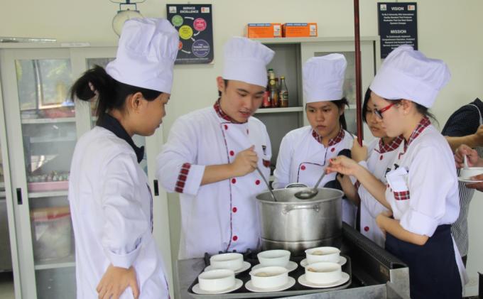 Program S1 Pariwisata UIB Dibuka Tahun 2014