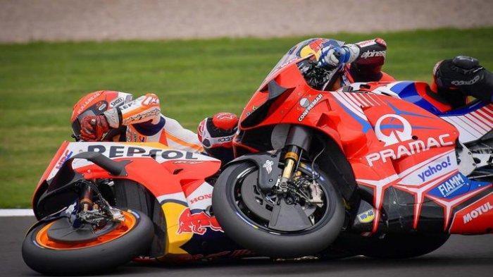 Marc Marquez terlibat kecelakaan dengan Jorge Martin