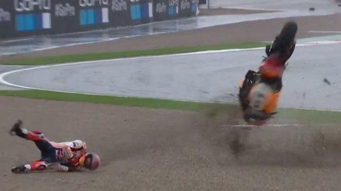 MotoGP Valencia Keluarkan Red Flag, Ini Arti Warna Bendera di MotoGP