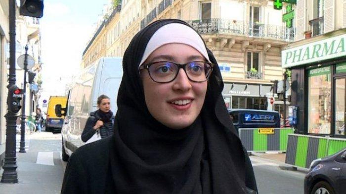 Berani Pakai Hijab, Cucu Pejuang Perancis Ini Dikecam Sejumlah Menteri. Ini Pengakuannya