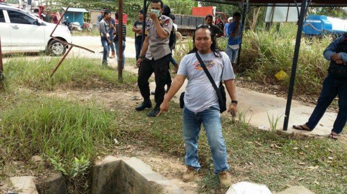Warga Yakin Mayat di Dalam Drainase Korban Begal. Ini Alasannya