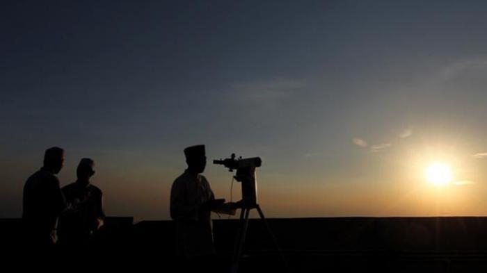 Penentuan 1 Ramadhan 1442 H, Pemerintah Gelar Sidang Isbat Sore Nanti, Pantau Hilal di 34 Provinsi
