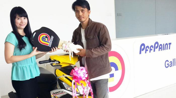 Warga Tanjungpinang Ini Raih Hadiah Sepeda Motor dari PFF Paint Periode Maret 2016