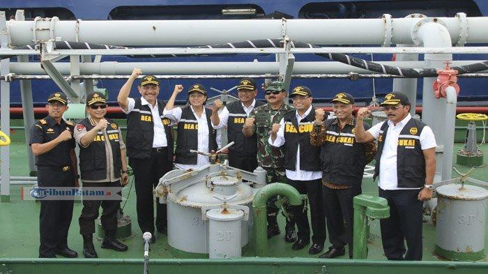 Menkeu Sri Mulyani Ungkap Kerugian Negara dari Penyeludupan, BC Tangkap MV Yosoa Bawa Minyak Mentah