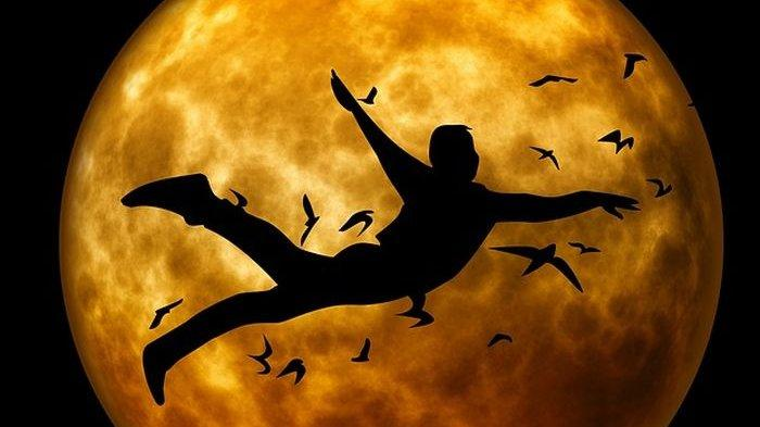 Arti Mimpi Terbang Menurut Primbon Jawa, Benarkah Pertanda Kekecewaan?