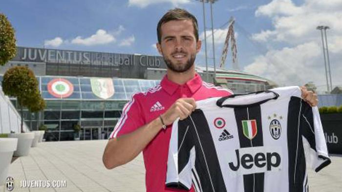 Miralem Pjanic resmi pindah dari AS Roma ke Juventus