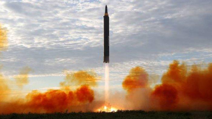 GAWAT. Korea Utara Luncurkan Misil Antar Benua Rabu Pagi Tadi. Padahal AS Baru Jatuhkan Sanksi