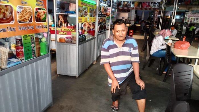 Penyandang Disabilitas Muhammad Akbar Dansa, Bertahan Hidup di Batam dari Jualan Koran