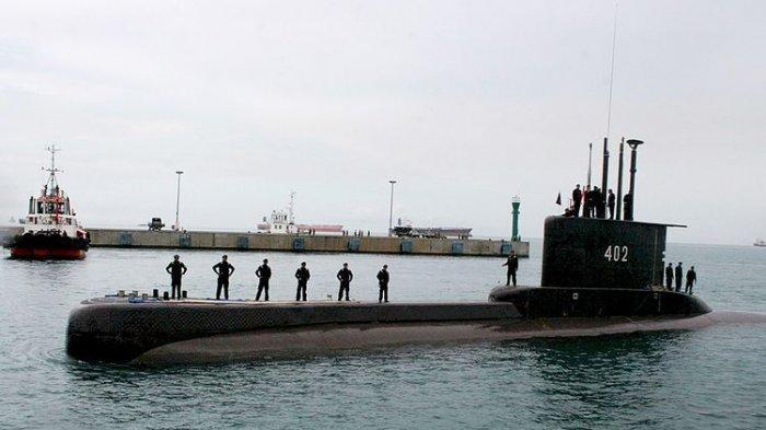 KAPAL SELAM HILANG KONTAK - Nasib 53 Personel Kapal Selam KRI Nanggala 402 yang Hilang Kontak di Perairan Utara Bali. Foto: KRI Nanggala 402