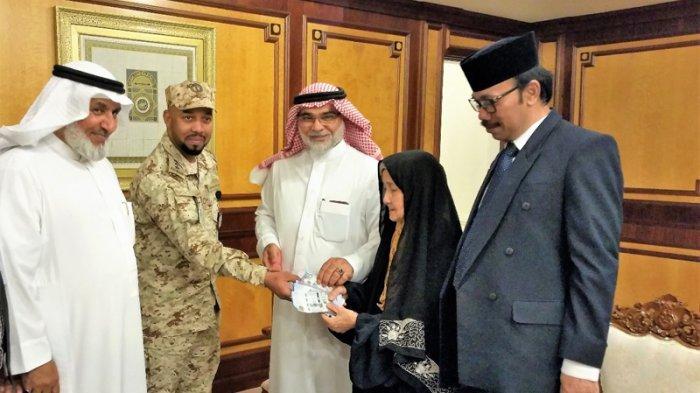 Kisah Nenek Jumanti Terima Gaji Rp 266 Juta di KBRI Riyadh Setelah Sempat Hilang Selama 28 Tahun