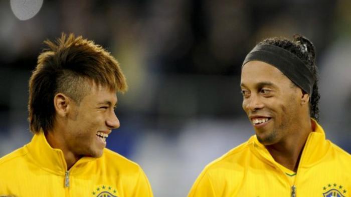 Neymar Akan Ikut Pep Guardiola ke Manchester City, Kata Ronaldinho