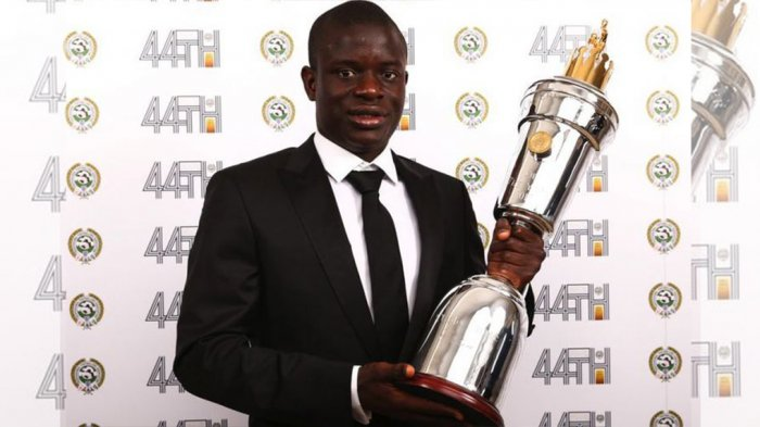 NGolo Kante Raih Penghargaan Pemain Terbaik dari Jurnalis Bola Inggris