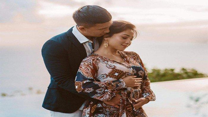 Nikita Willy Hamil, Mata Indra Priawan Berkaca-kaca saat Lihat Hasil Test Pack Istri