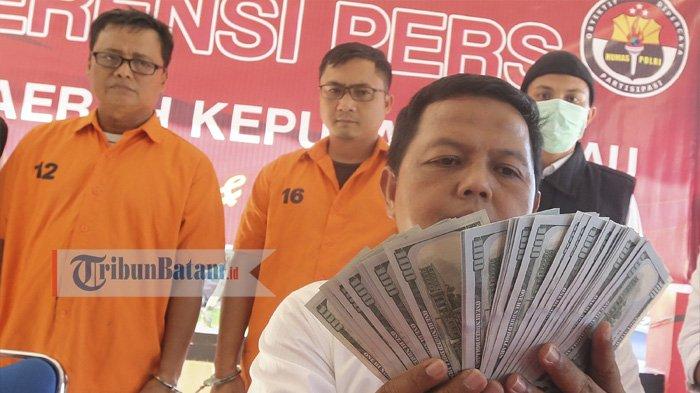 Eks Kepala Syahbandar Pulau Sambu Batam Diantar ke Rutan Tanjungpinang