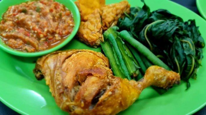 Warung Ayam Goreng Yes Sajikan Aneka Kuliner Pedas yang Menggugah Selera