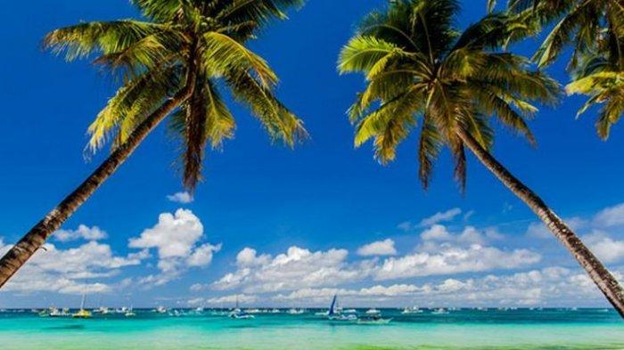 Reckless of Wearing A Sexy Bikini, Taiwanese Tourists Get Fined as many as 2,500 Pesos, In Boracay