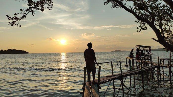Wisata di Lingga, Indahnya Pantai Sunset Desa Sungai Buluh Singkep Barat