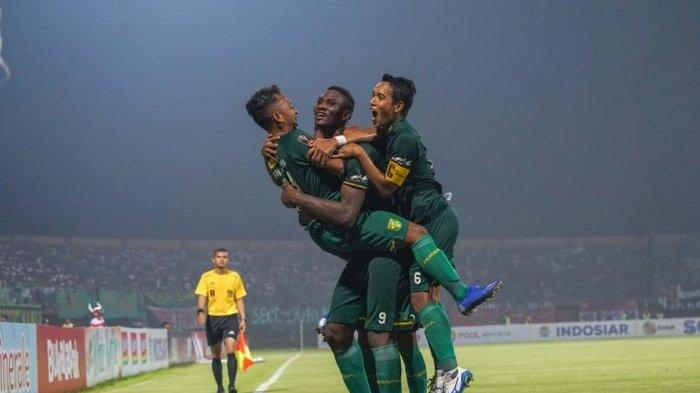 Hasil Persebaya vs Persib Bandung - Amido Balde Cetak Gol, Bajul Ijo Unggul 2-0 Babak Pertama