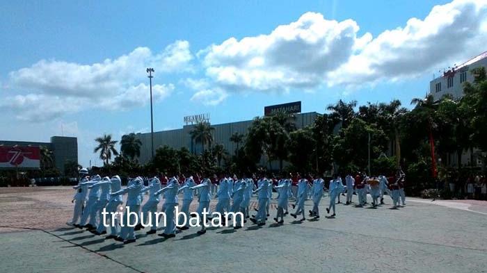 Warga Batam Berbondong-bondong Lihat Upacara Kemerdekaan RI di Alun-Alun Engku Putri
