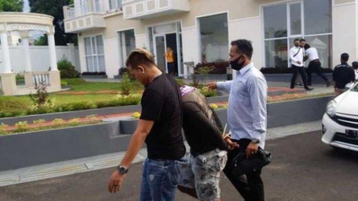 NGERI! 60 Kg Sabu dan 2 Senpi AK Ditemukan, Personel Polda Turun ke Aceh Ringkus 2 Pemuda