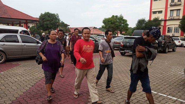 Nekat Tinggal 3 Anak di Kampung, Simak Curhatan Pasutri yang Terciduk Aparat Karena Kasus TKI Ilegal