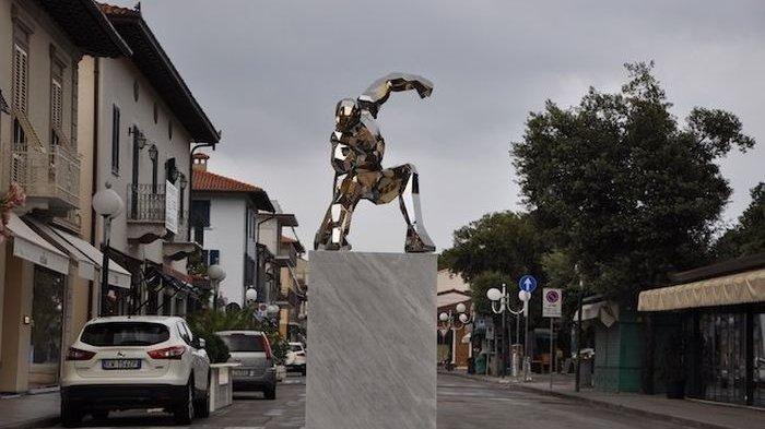 Patung Iron Man Didirikan di Italia untuk Mengenang Almarhum Tony Stark