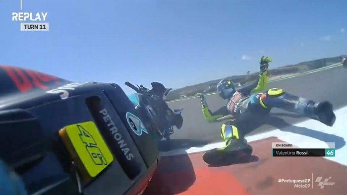 Terjatuh dan Gagal Finish di MotoGP Portugal, Valentino Rossi: Itu Sangat Memalukan