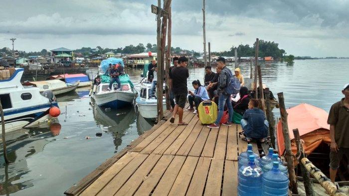 Kemenhub; Pemudik via Kapal Laut dari Batam Tertinggi di Indonesia; Masa Mudik Berakhir Besok - pelabuhan-tanjung-uma_20180614_140121.jpg