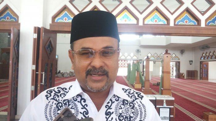Bupati Karimun Aunur Rafiq Batasi Penggunaan Kantong Plastik