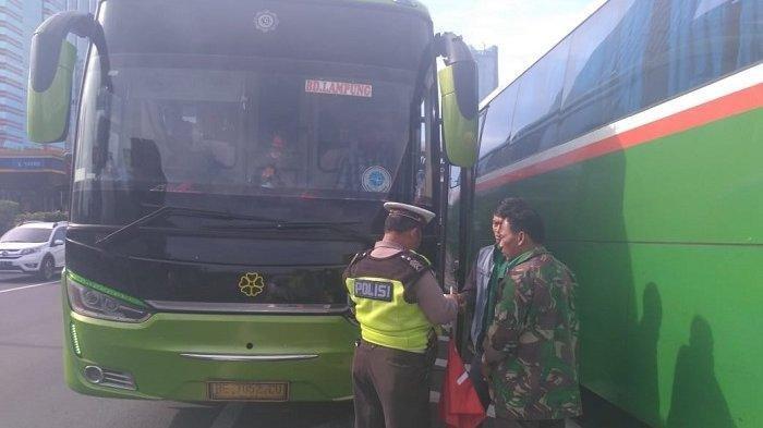 TERUNGKAP! Identitas dan Foto Pembunuh Mayat Tanpa Kepala Dalam Koper. Dicegat di Pintu Tol Jakarta