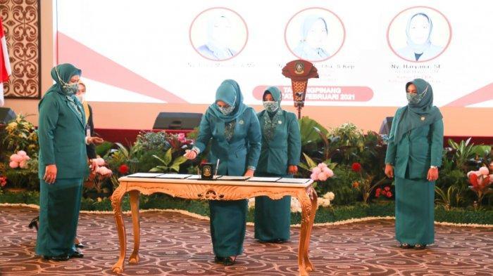 Tak Hanya Pelantikan Bupati Bintan, Istri Apri Sujadi Ikut Dilantik di Kantor Gubernur Kepri