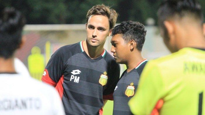 Laga Uji Coba Persib Bandung vs Bhayangkara FC, Paul Munster Tak Melihat Hasil Akhir