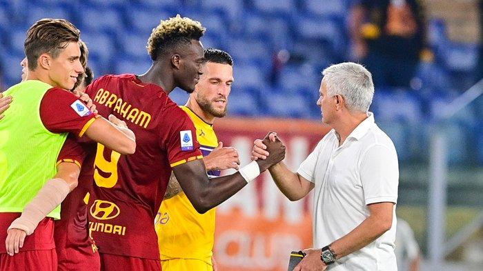 AS Roma vs Sassuolo Kick Off 01.45 WIB Jose Mourinho Rotasi Pemain, Rekrut Sardar Azmoun Tahun Depan