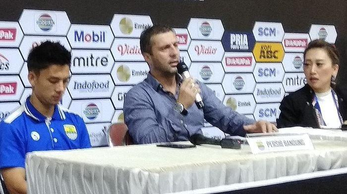 Persib Bandung Kalah dari Tira Persikabo, Begini Ungkapan kekecewaan Miljan Radovic terhadap Wasit
