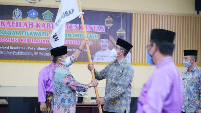 Dilepas Apri Sujadi dan Dalmasri Syam, Pemkab Bintan Kirim 46 Kafilah Ikut MTQ Kepri 2020