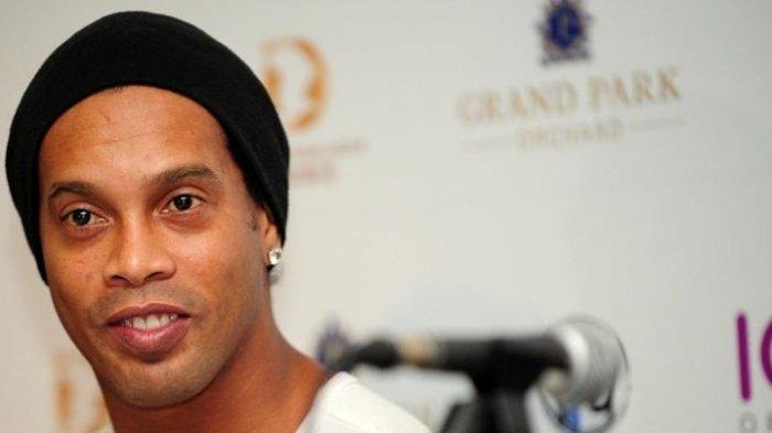 Megabintang Ronaldinho Didenda Rp 32,8 Miliar, Tapi Isi Rekeningnya Tak Sampai Rp 100 Ribu