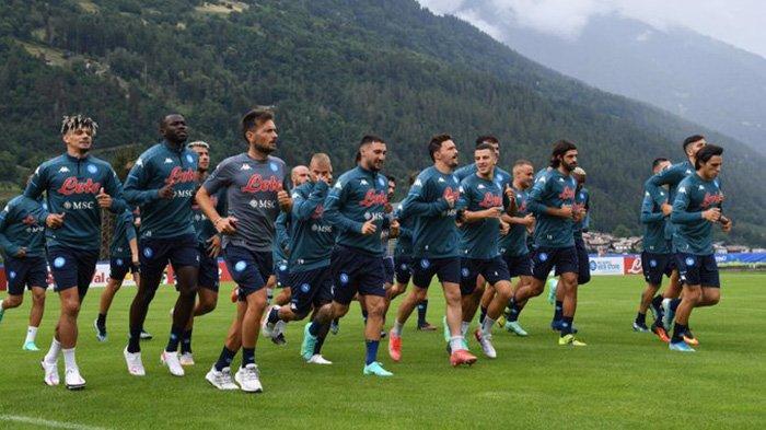 Berita Napoli - Pemain Napoli Terpaksa Pakai Jersey Latihan Musim Lalu, Napoli Incar Bek Getafe