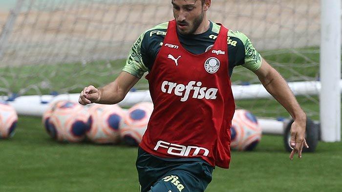 Pemain Palmeiras asal Uruguay Matías Viña