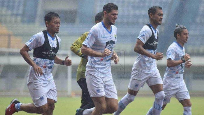 Jelang Liga 1 2020, Persib Bandung Matangkan Persiapan, Butuh 4 - 6 Laga Uji Coba Jelang 1 Oktober