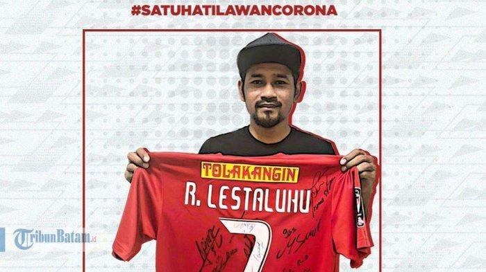 Ikuti Marc Klok, Ramdani Lestaluhu Lelang Jersey Istimewa, Jersey Persija Juara Piala Presiden 2018