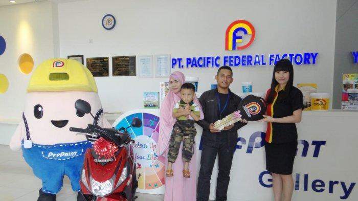 Abdur Rahman Jadi Pemenang Lucky Draw PFF Paint, Bawa Pulang Sepeda Motor