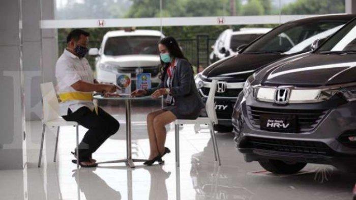 pemerintah memberikan insentif berbentuk keringanan Pajak Penjualan atas Barang Mewah (PPnBM) yang berlaku secara bertahap mulai 1 Maret 2021.