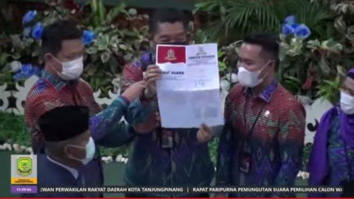 DPRD Tanjungpinang Tentukan Wakil Wali Kota, Endang Abdullah Ungguli Ade Angga 1 Suara