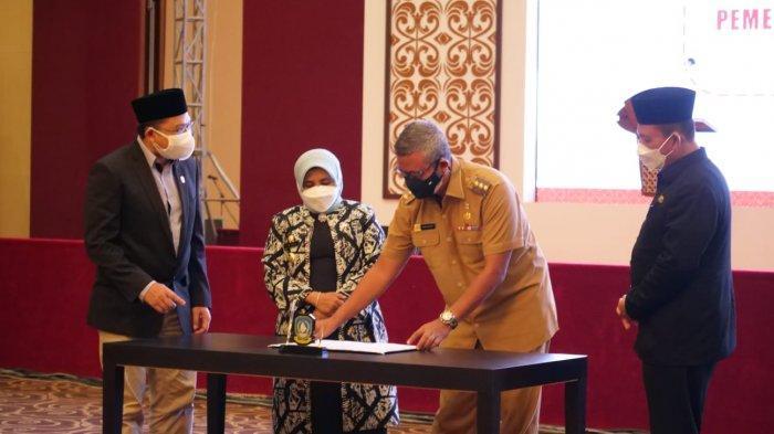 Pemkab Bintan dan Pemko Tanjungpinang Urus Aset Disaksikan Gubernur Kepri