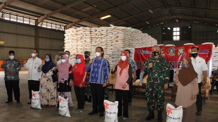 Luncurkan Bantuan Beras, Gubernur Kepri Minta Segera Didistribusikan