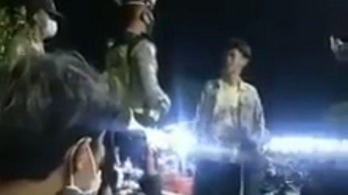Video Viral Pemuda Tak Bermasker Memaki-maki Polisi, 'Politik Kue, Paham Ora?'